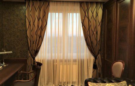 Классические шторы в кабинете фото 2