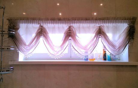 Шторы на окно в ванной фото