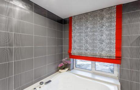Римские шторы в ванной фото 4